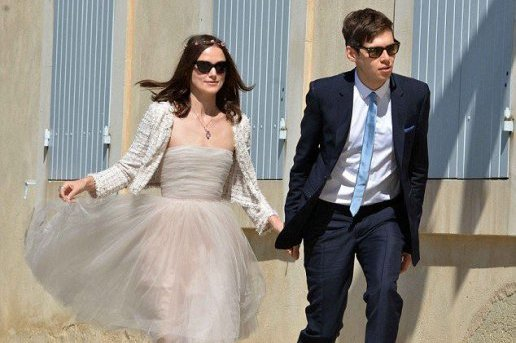 Keira Knightley opte pour une robe simple lors de son mariage